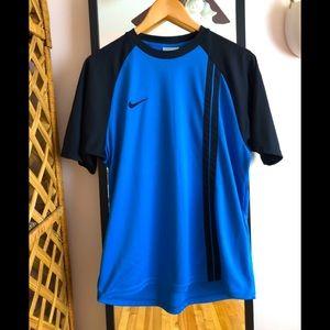 Nike vintage early 2000's crewneck tee shirt